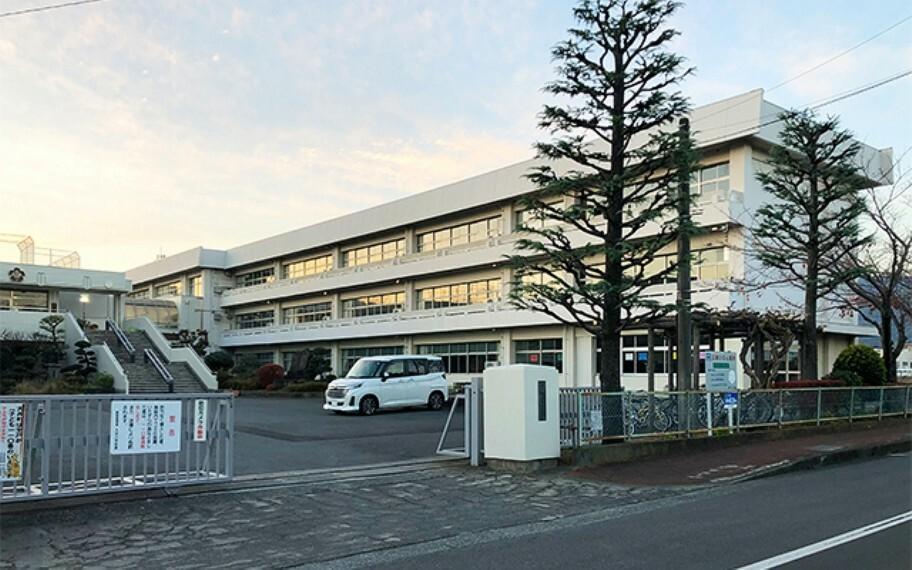 大井町立大井小学校