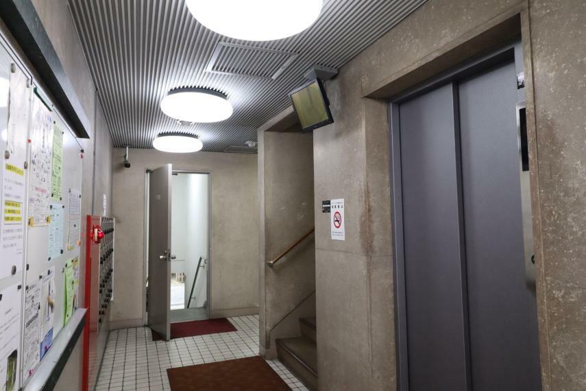 エントランスホール 【エントランス】 (2020年11月撮影)