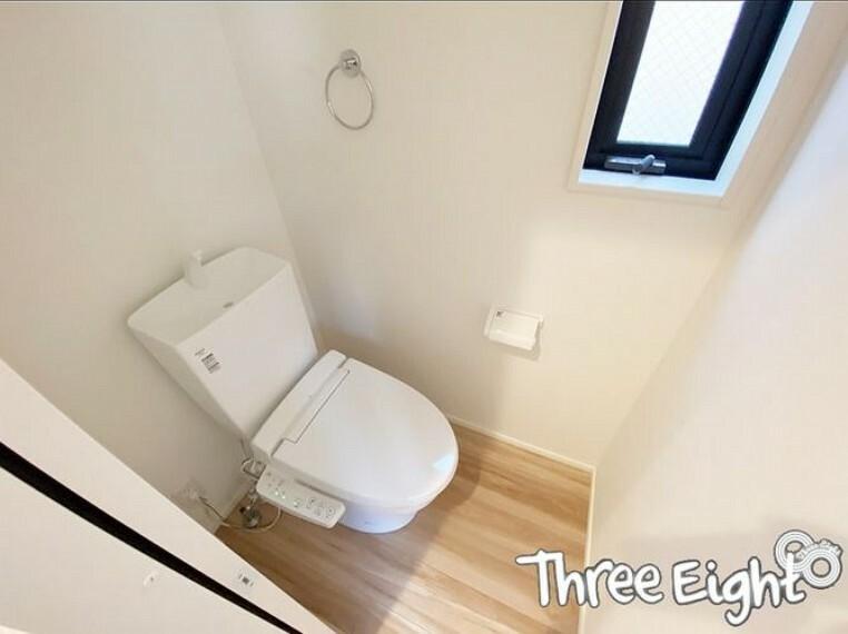 トイレ 【トイレ】 1F・2Fの2箇所に設置。シャワー付きトイレです。
