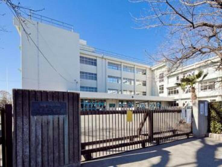 中学校 小平市立小平第二中学校 853m