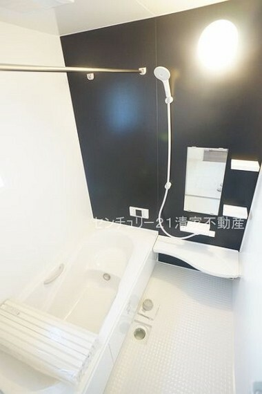 浴室 2号棟:一日の疲れを癒すための心地よいバスタイム(2021年02月撮影)
