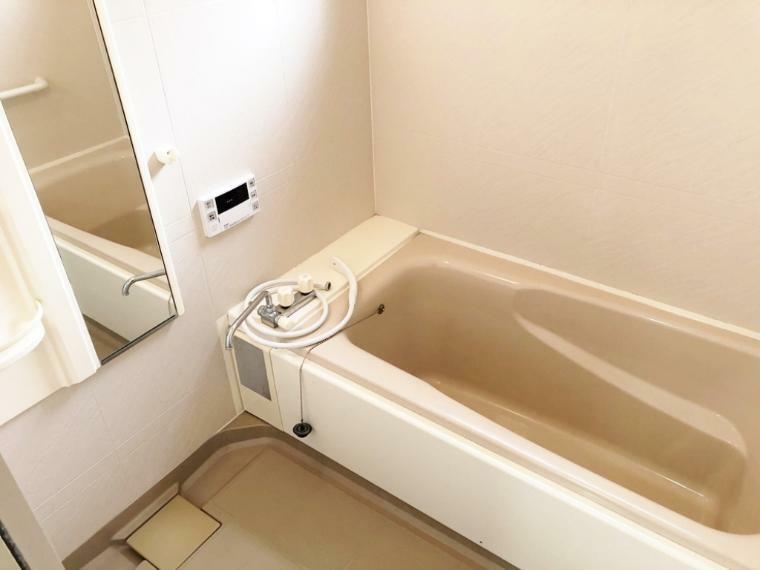 浴室 追い炊き機能付き