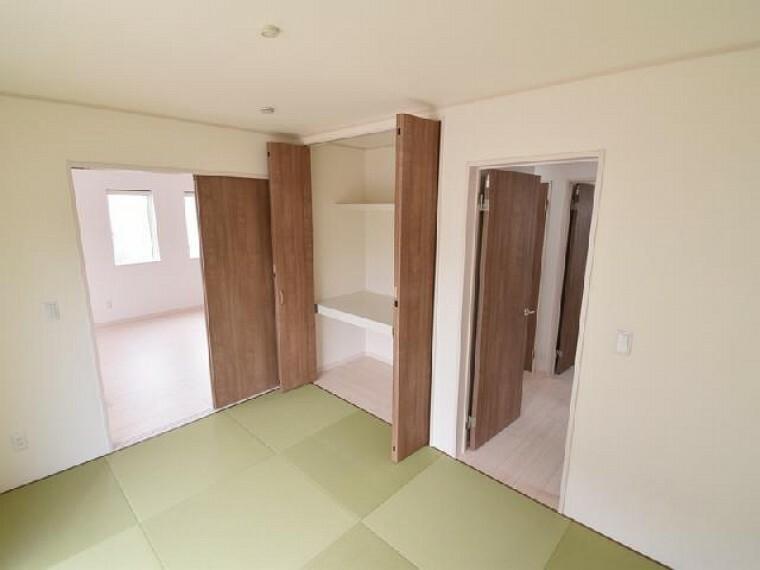 和室・・・リビングと間続きの6帖の和室は、琉球風畳になっていますので、お洒落ですよ!