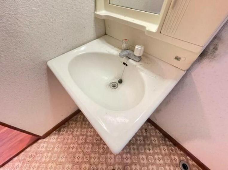 上質な洗面空間がゆとりの時間を演出