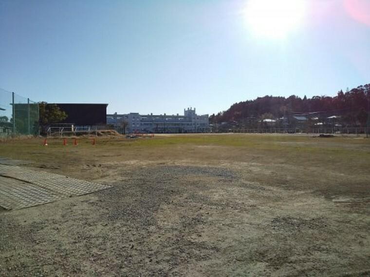 中学校 【中学校】茂原市立 本納中学校まで1054m