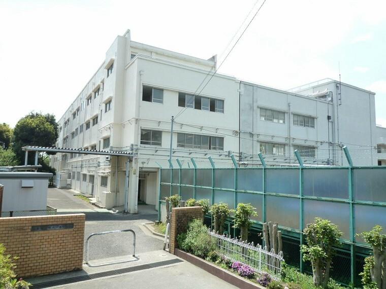中学校 横浜市立保土ケ谷中学校