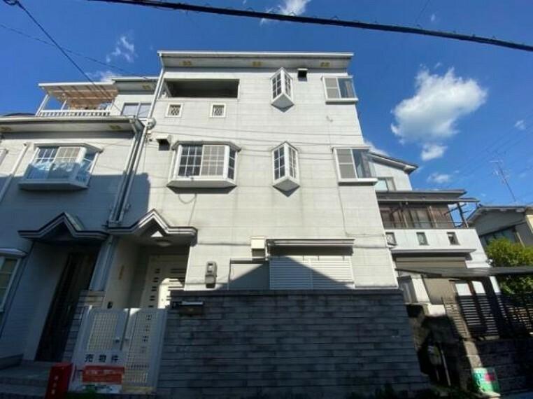 外観写真 3階建て4LDKのお家!