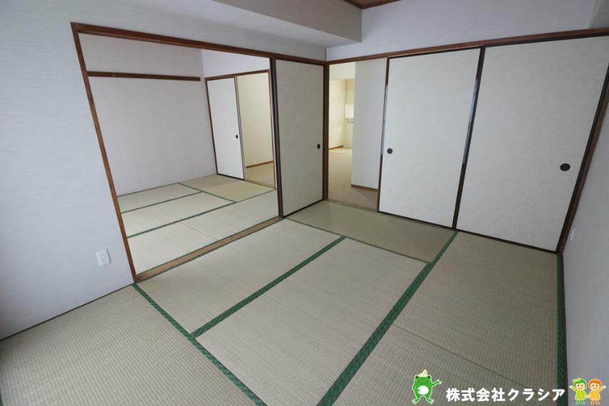 寝室 6帖の和室です。ほっと落ち着く和のテイストは心にゆとりを生みだしてくれますよ(2020年12月撮影)
