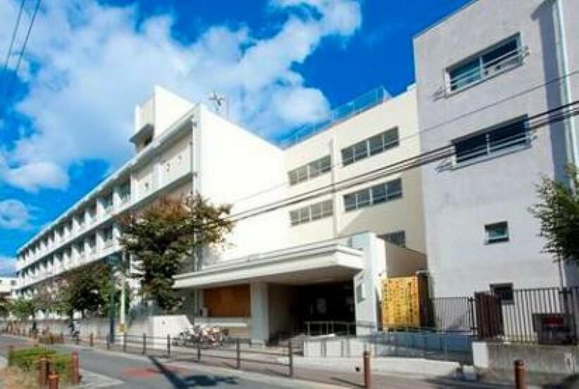 小学校 大阪市立高殿小学校 約750m 徒歩10分