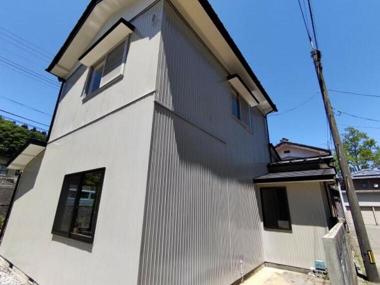 【リフォーム済】今回のリフォームで外壁の塗装を行いました。外壁の色が変わると、お家の雰囲気も大きく変わりますよ。