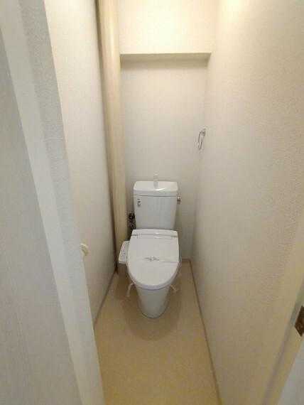 トイレ 【トイレ】 ウォシュレット付きトイレ