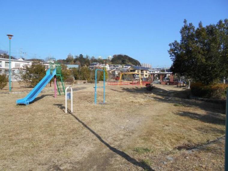 公園 【公園】多井畑東公園まで210m