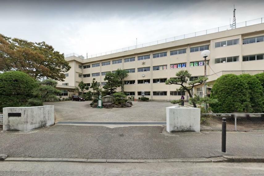 小学校 新潟市立青山小学校