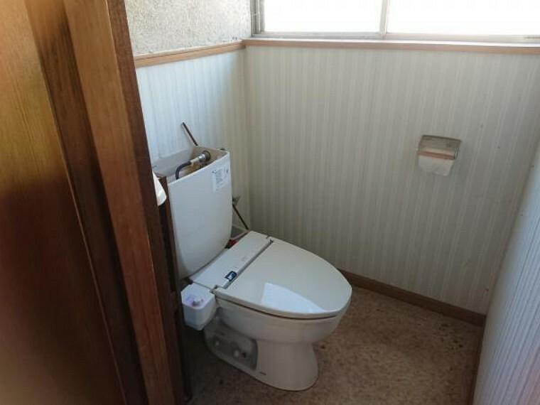 トイレ 【リフォーム中】RF前のトイレはLIXIL製の新品のウォシュレットトイレに交換予定です。