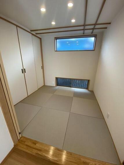 和室 お子様のスペースや客室として使える和室付き! 押入付きでお布団の収納場所に困りません