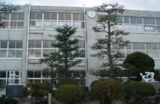 小学校 倉敷市立琴浦東小学校