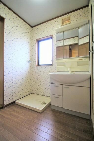 洗面化粧台 2階