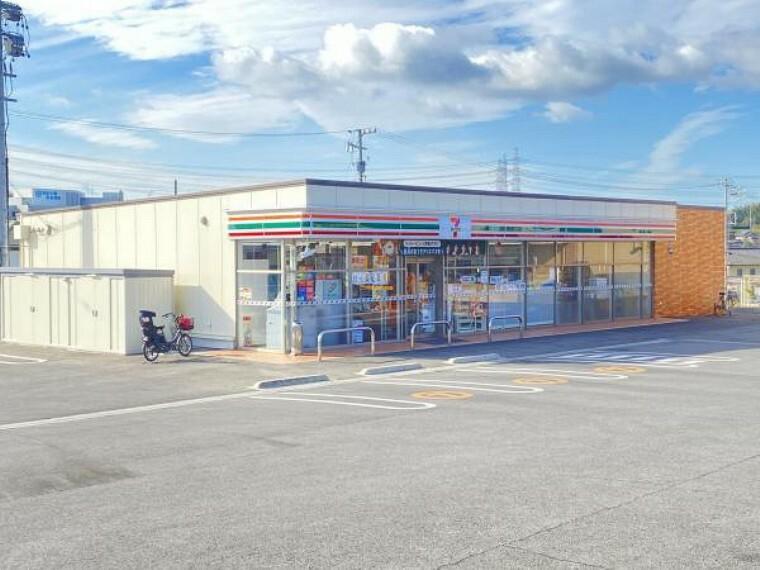 コンビニ セブンイレブン知多にしの台4丁目店