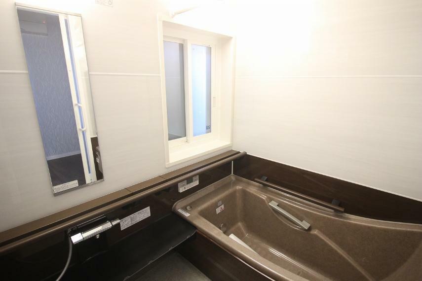 浴室 とても広くゆったりとした浴室
