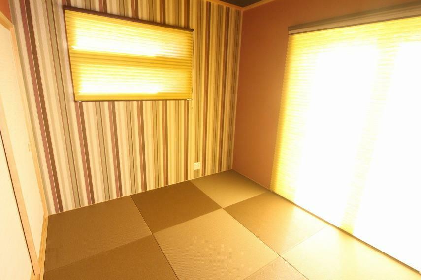 和室 南向きで日当たり良好な和室