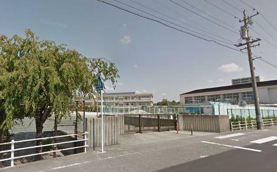 小学校 安城市立錦町小学校 徒歩9分。