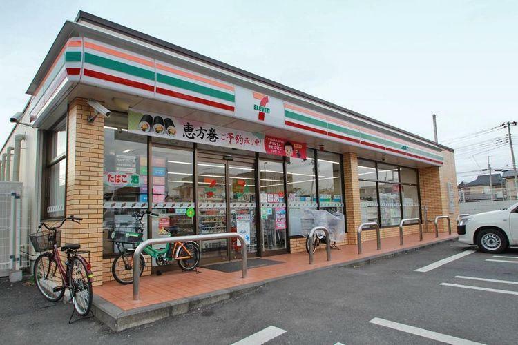 コンビニ セブンイレブン武蔵野境5丁目店 徒歩8分。
