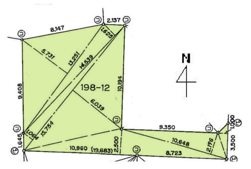 土地図面 敷地面積43坪の売地です陽当たりのいい住環境が保たれる第一種低層住居専用地域です。