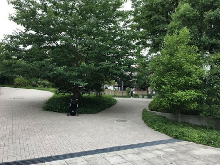 公園 【公園】渋谷区立うぐいす公園まで498m