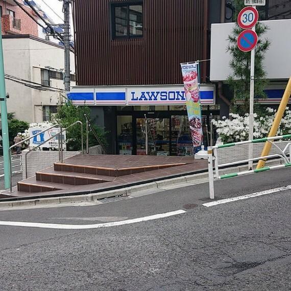 コンビニ 【コンビニエンスストア】ローソン 渋谷南平台店まで201m