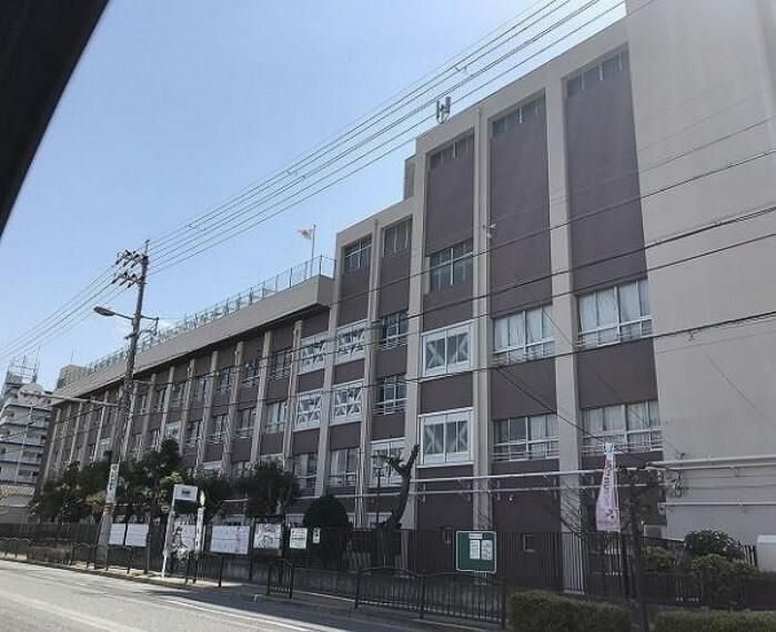 中学校 美津島中学校