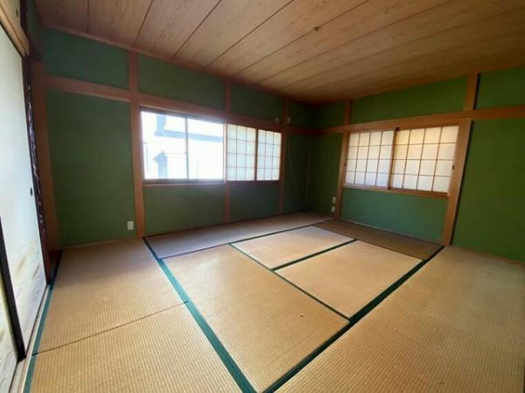 和室 すぐ横になれてほっと一息つける和室です
