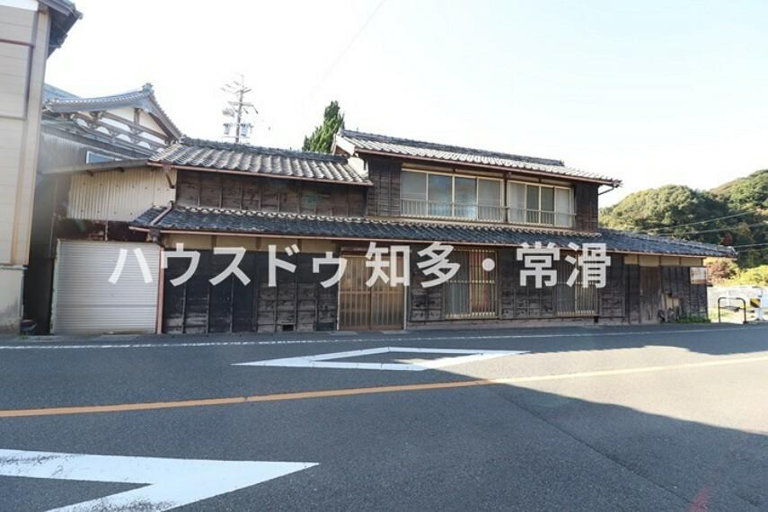 外観・現況 小鈴谷小学校  徒歩12分(約910m)