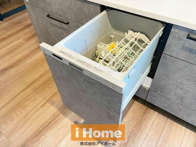 キッチン 食洗機付きのため家事の負担を軽減できます!