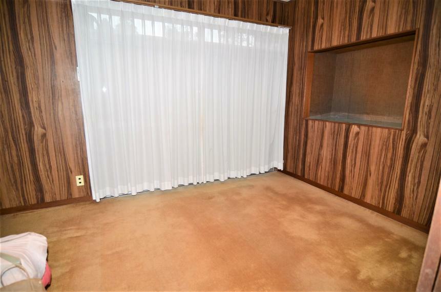 洋室 玄関横6帖洋室