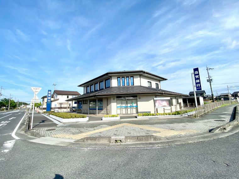 銀行 滋賀銀行甲南支店 車1分 ■9:00-15:00 ATMは8:00-21:00の間で利用可能