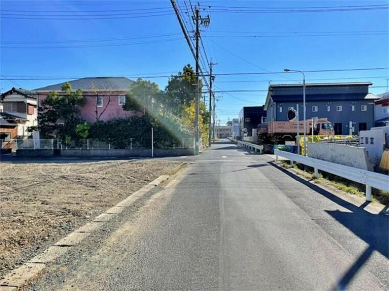 現況写真 【前面道路】南西側約7.2m幅