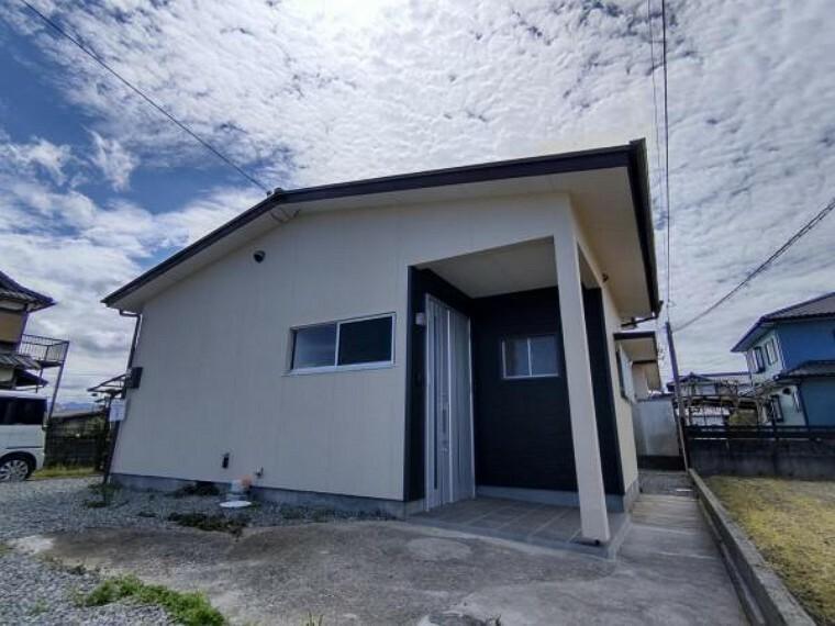 外観写真 【リフォーム済】外観の写真です。外壁や屋根の塗装を行い、新しい姿へと生まれ変わりました。