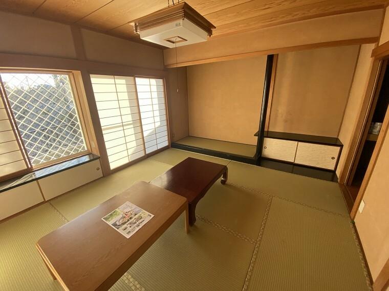 和室 弊社がおすすめのはなれの和室。おもてなしの空間です。