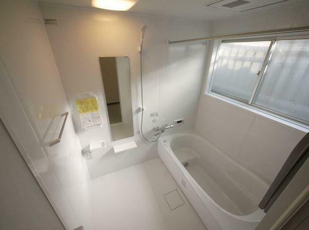 浴室 新品ユニットバスに交換済み! 浴室乾燥機付きです!!