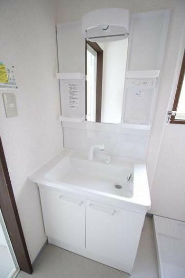 洗面化粧台 洗面台も交換済みで新品です。