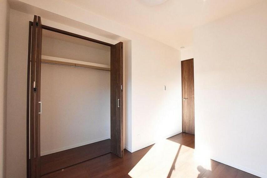 洋室 洋室 贅沢といえるほどの豊かな居住性と、プライドを満たすクオリティが見事に調和した住空間です!