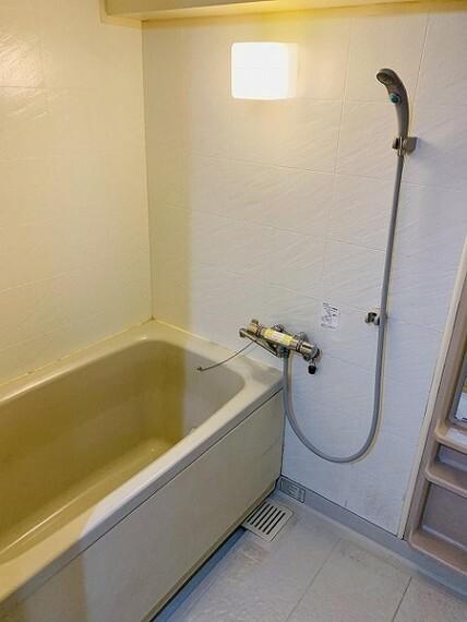 浴室 清潔感のある浴室・一日の疲れをリフレッシュ!