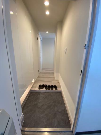 玄関 フルリノベーション物件 住宅ローン控除適用 耐震基準適合証明書取得可能物件