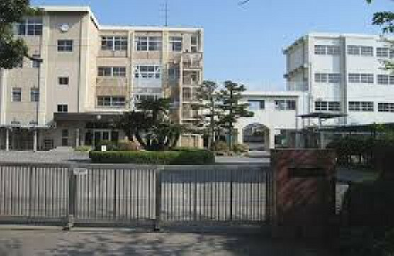 中学校 【中学校】清水第四中学校まで860m