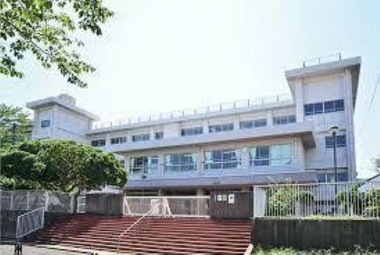中学校 横須賀市立神明中学校