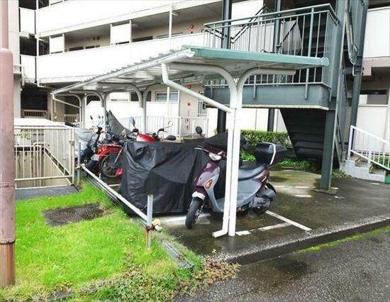 敷地内駐車場 バイク置場