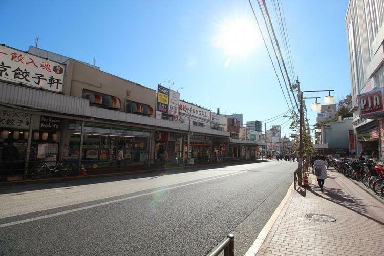 徒歩11分。 大森駅(JR 京浜東北線)まで徒歩11分。 複数路線が利用可能で御座います。 品川駅まで10分以内でご利用可能です。