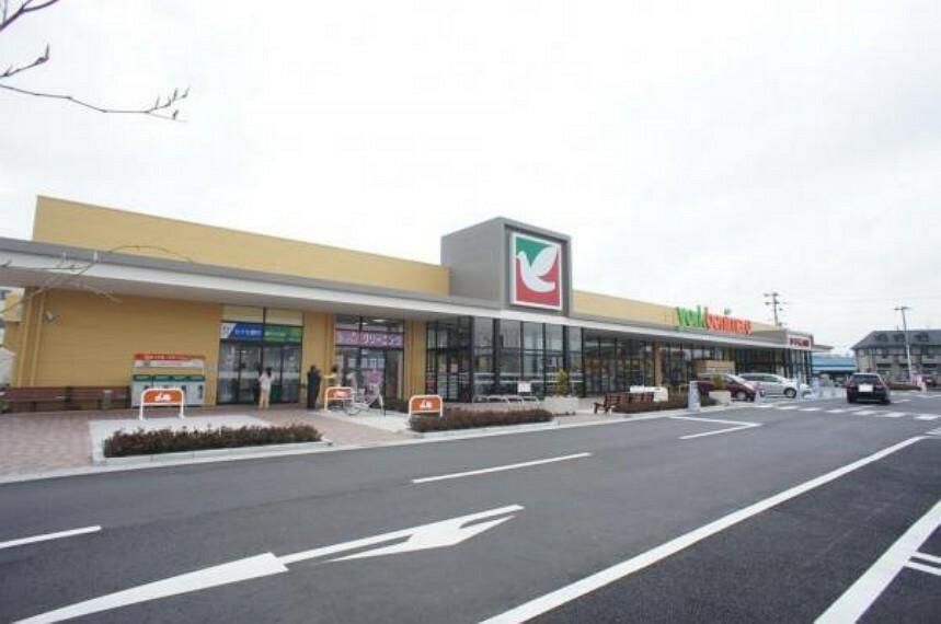 スーパー ヨークベニマル仙台愛子店 徒歩12分 買い物施設が充実の便利な周辺環境