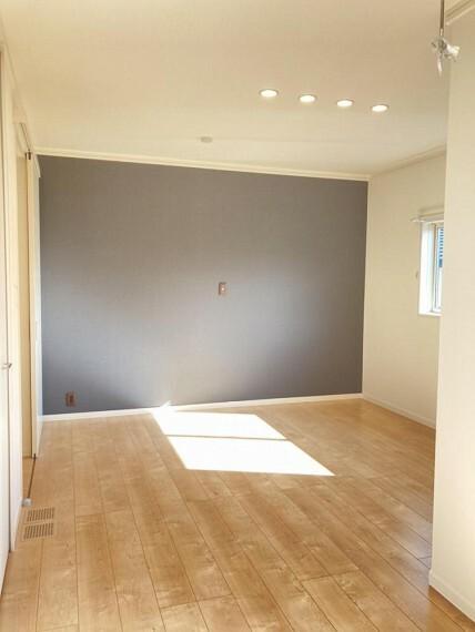 寝室 A区画主寝室(2021年2月撮影)納戸やW.I.Cと主寝室には収納スペースが多数あります。