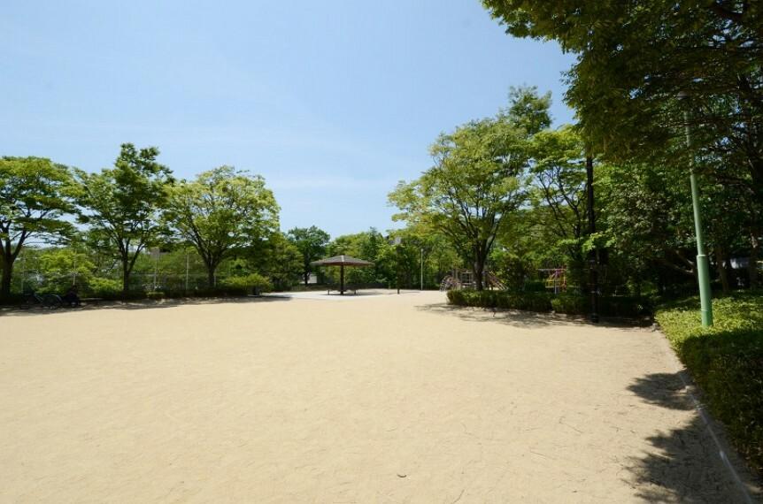 公園 【公園】毘沙門公園まで570m